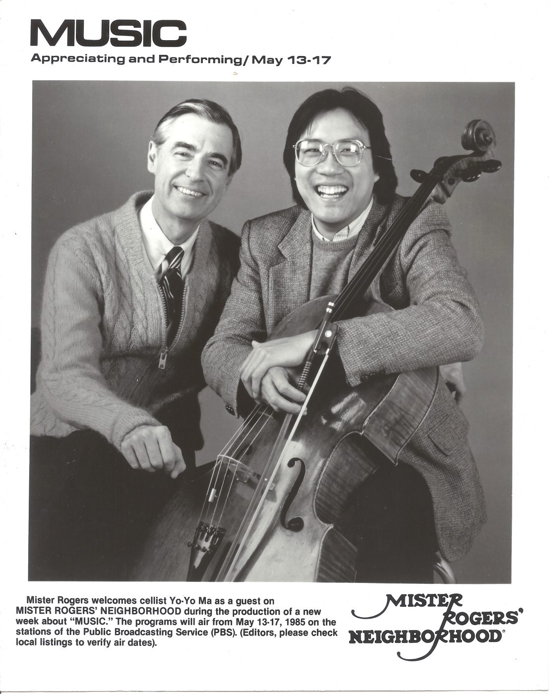 28 May 2019 Posted. Image of Mister Rogers and Yo-Yo Ma, Courtesy of Alex Jay, Museum of Chinese in America (MOCA) Collection. 罗杰斯先生和马友友的合影,Alex Jay捐赠,美国华人博物馆(MOCCA)馆藏