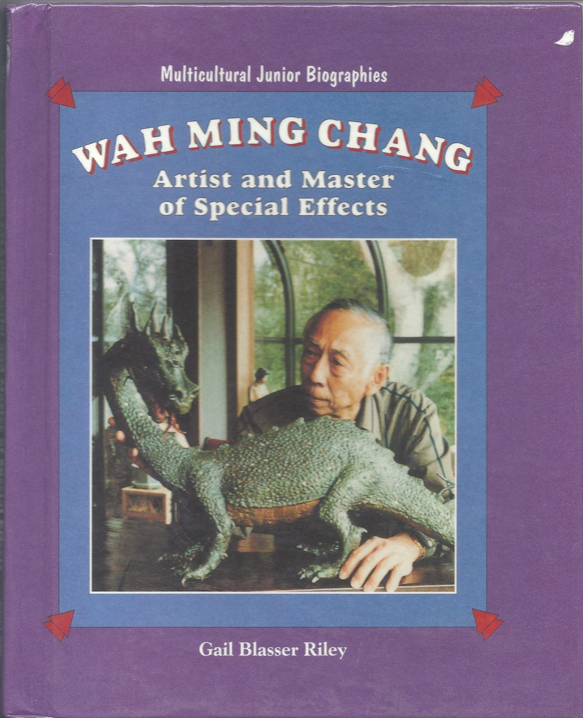 24 September 2019 Posted. Book Wah Ming Chang: Artist and Master of Special Effects. Courtesy of Alex Jay, Museum of Chinese in America (MOCA) Collection.  有关郑华明的书《郑华明:特效艺术家和大师》Alex Jay捐赠,美国华人博物馆(MOCA)馆藏